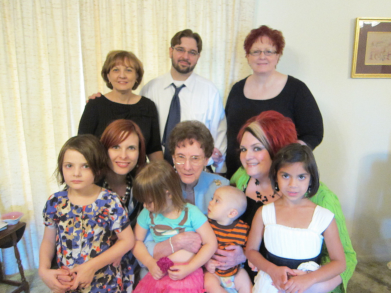 Mama and her daughters/grandchildren/great-grandchildren