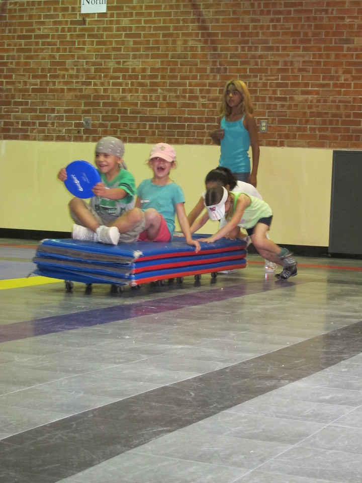 Mat races at Field Day