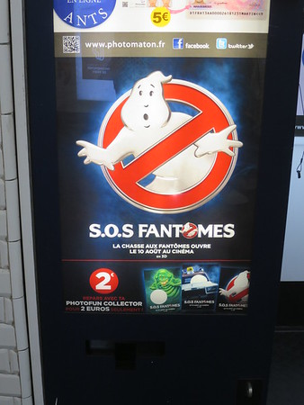 Love that this is Ghostbusters in French