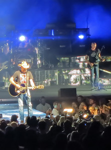 Thomas Rhett Jake Owen Jason Aldean 17 October 2013 -014