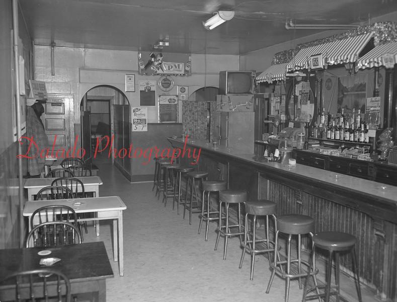 (1961) Bar at 416 Shamokin St.