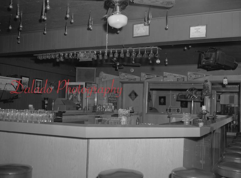 (07.02.90) Eckman's Café.
