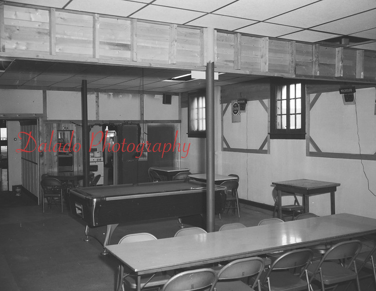 (08.27.82) Greenleaf Café in Ranshaw.