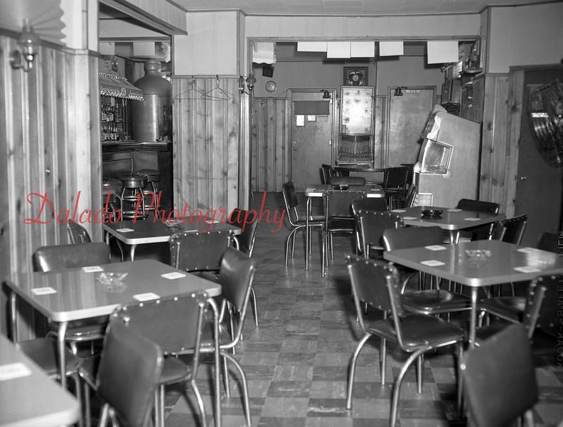 Klement Café.