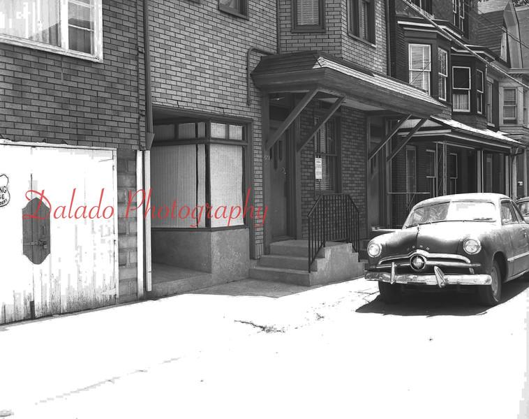 (1966) Jolly Inn on Rock St.
