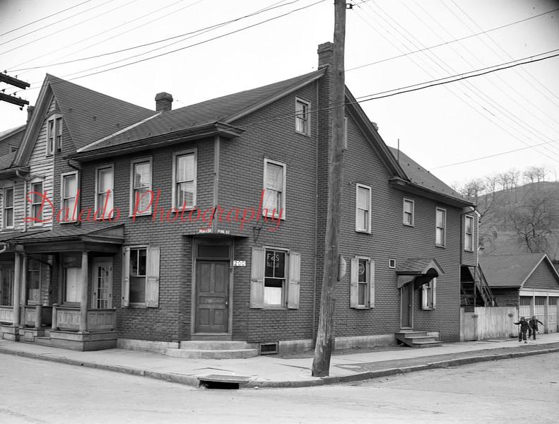 Wyabcyzuski's at 1200 Pearl St.
