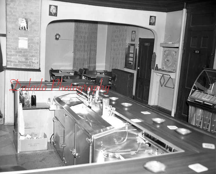 (July 1972) Neihoff Café.