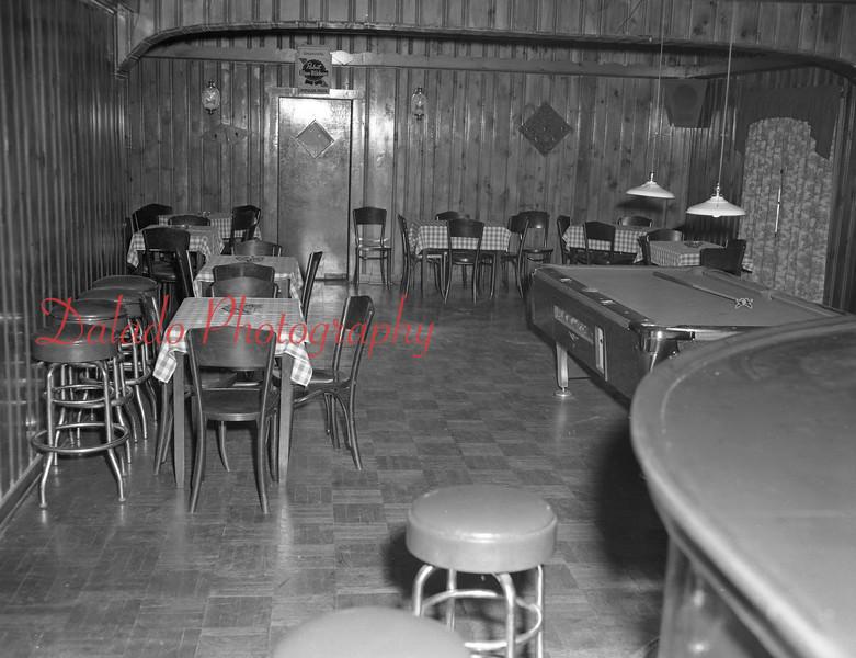 Bar (Unknown).