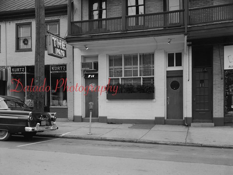 (12.27.52) The Inn along Shamokin Street.