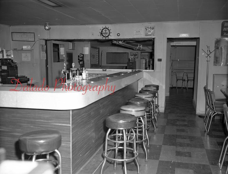 (Aug. 1970) Peter's Tavern.