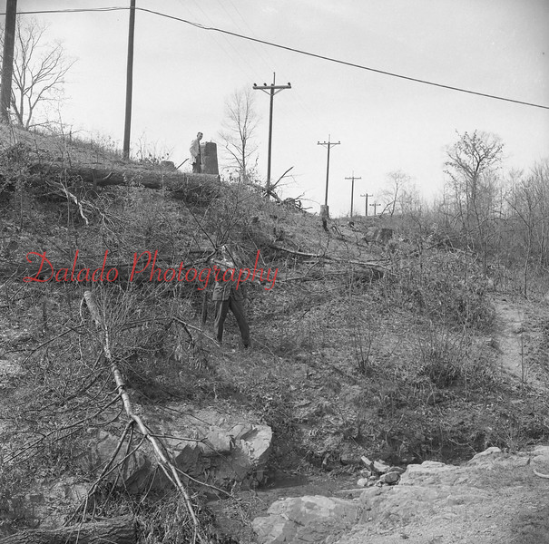 (1958) This could be near Ranshaw.