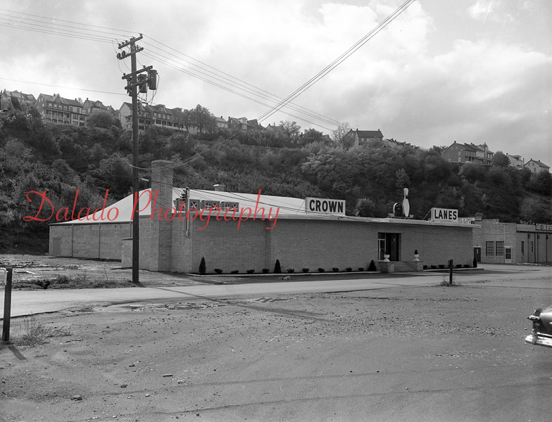 (1959) Crown Lanes.