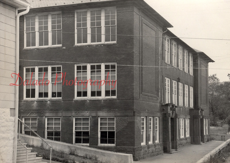 Lincoln Grade School- Once located in Brady, it burned to the ground in 1976. It was located at Fifth and Apple streets, one block above Main Street.