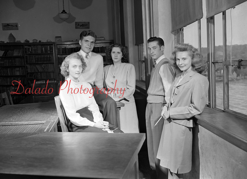 "(1948) Centralia High School ""senior class."""