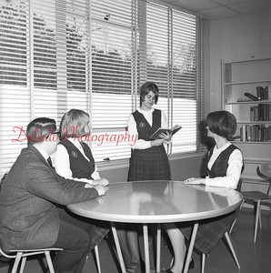 (02.09.1967) Our Lady of Lourdes students in unknown photo.