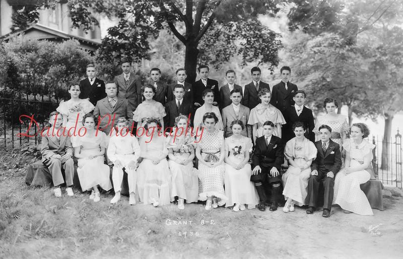 (1936) Grant Grade School Class of 1936.