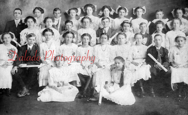 (1911) Grant Grade School Class of 1911- Shown in the upper left of the photo is Alfred McClow, principal.