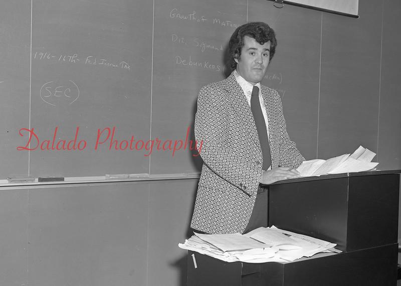 (1979-80) Shamokin Area High School- Vottero.