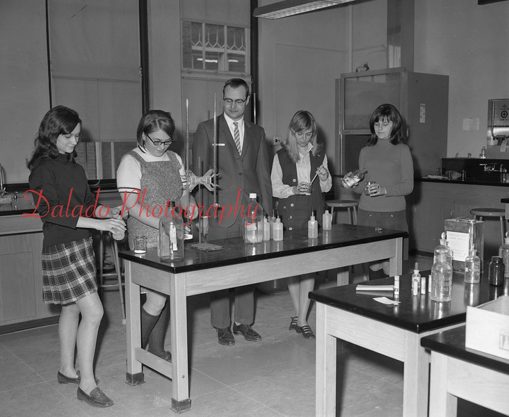 (1968-69) Shamokin Area High School chemistry.