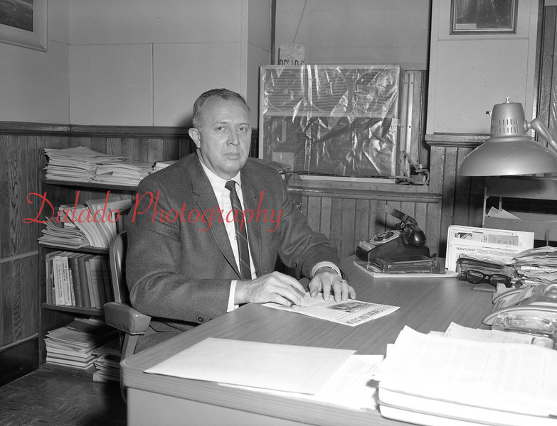 (1968-69) Shamokin Area High School Van Devander.