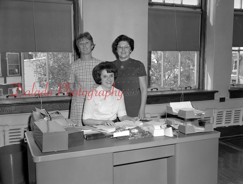 (1968-69) Shamokin Area High School scretaries.