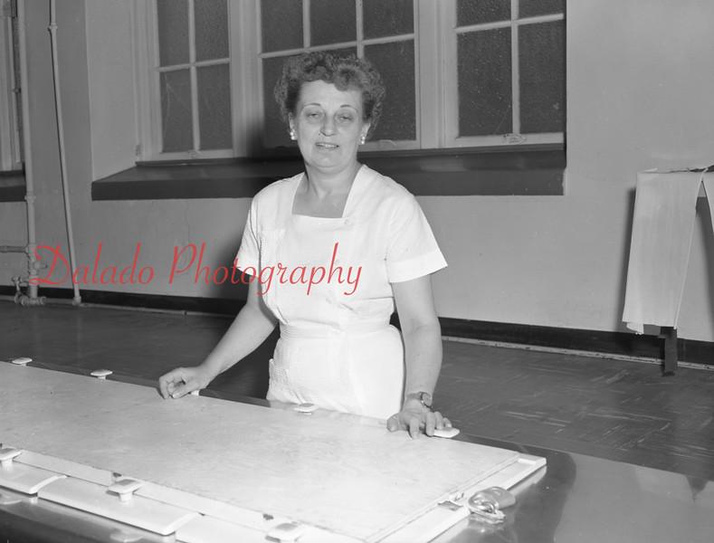 (1959-60) Shamokin High School: Cafeteria.