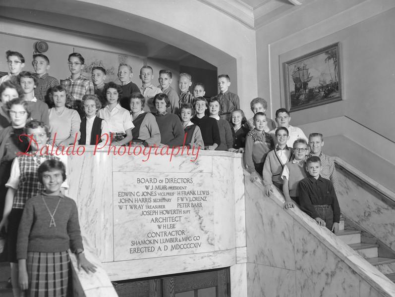 (1959-60) Shamokin High School: Halcovich.
