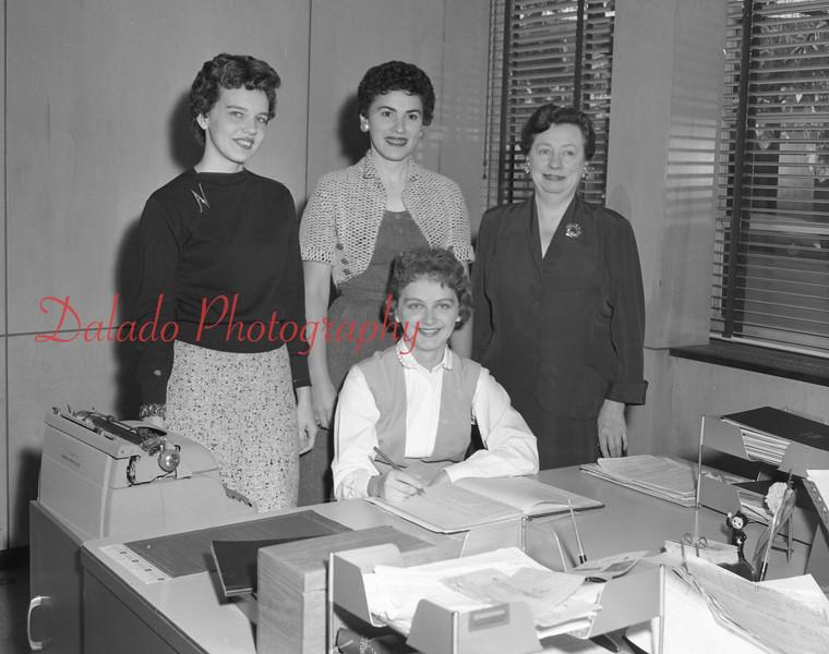 (1959-60) Shamokin High School: Secretaries.