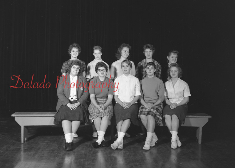 (1959-60) Shamokin High School: Accessory Club.