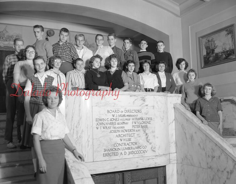 (1959-60) Shamokin High School: Tenth Graders, Walker.