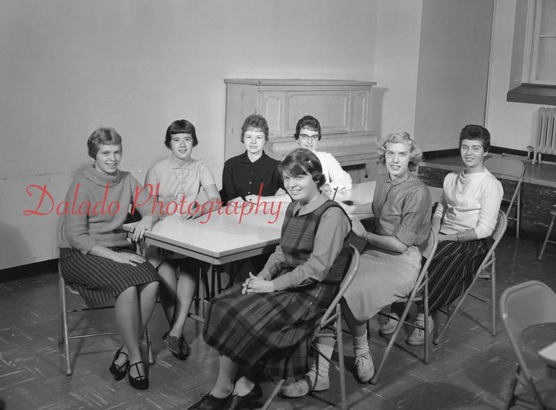 (1959-60) Shamokin High School: Student Council.