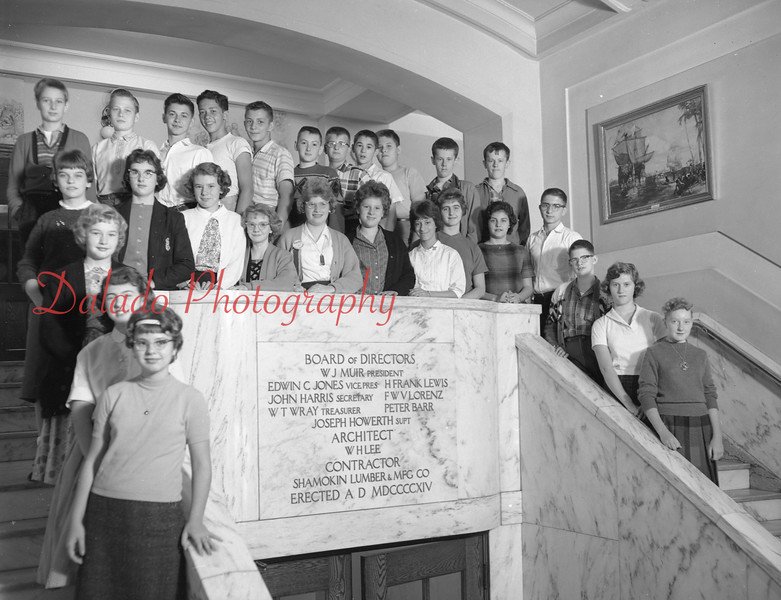 (1959-60) Shamokin High School: Eighth graders, Rowe.