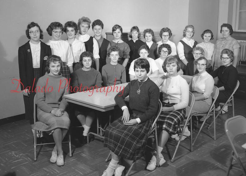 (1959-60) Shamokin High School: Ushers Club.