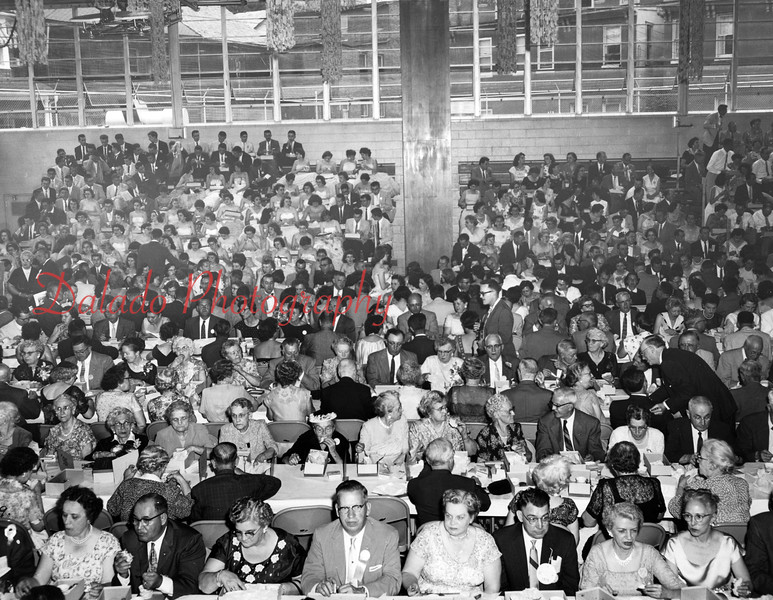(June 1958) Shamokin High School alumni association 75th anniversary dinner.