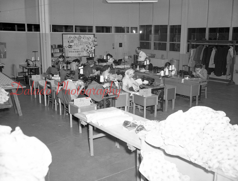 (02.04.58) Shamokin High School sewing.