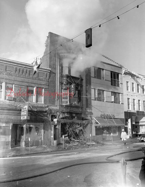 (12.29.55) Knights of Columbus fire along Oak Street in Mount Carmel.