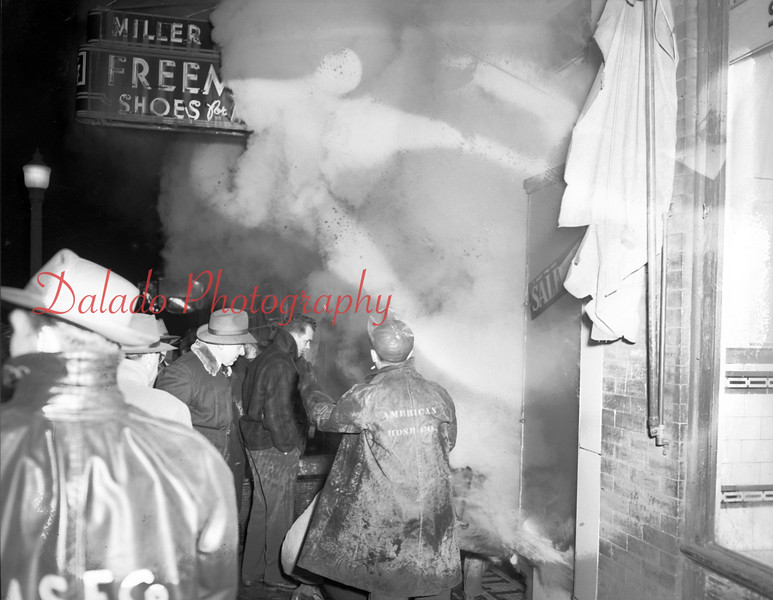 (01.31.1952) Major fire in Mount Carmel.