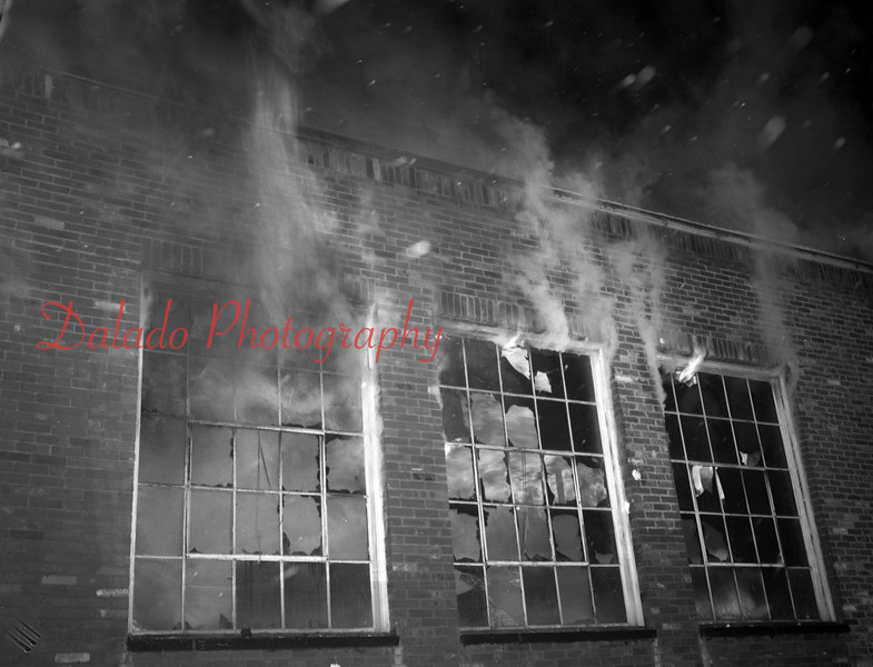 (12.03.1952) Fire at the McKinley Annex School in Coal Township.
