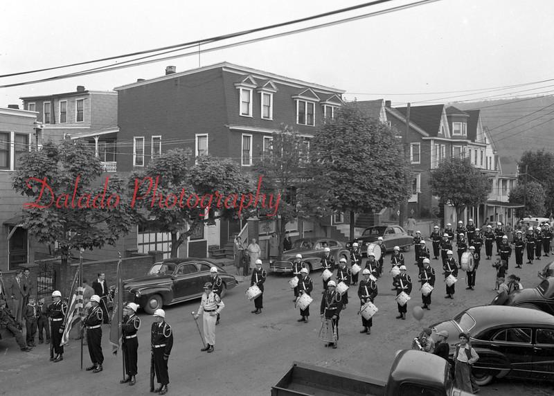 (1958) Gavinaires in Mount Carmel.