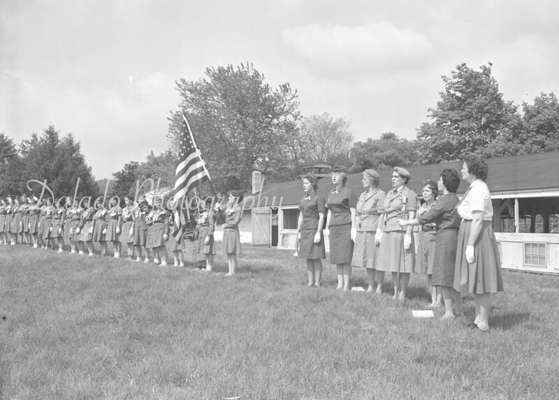 (1962) Girl scouts.