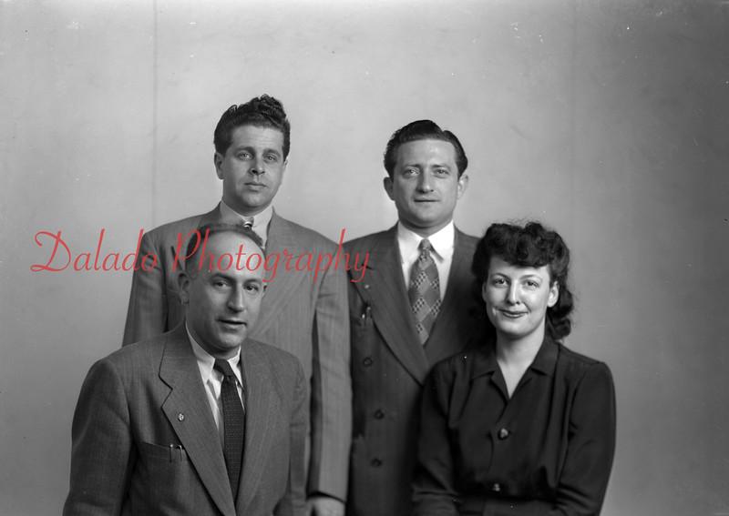 (04.17.1947) ILG union workers.