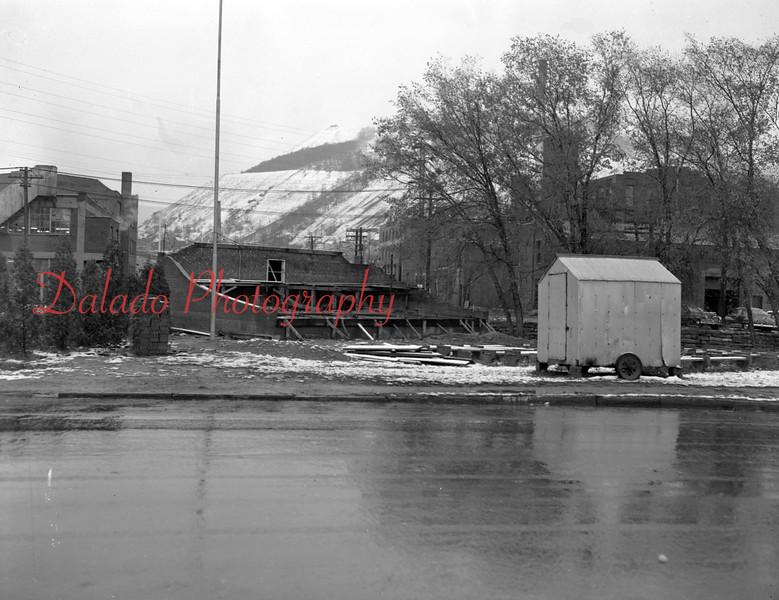 (Nov. 1954) This would eventually be Claude Kehler Memorial Park.