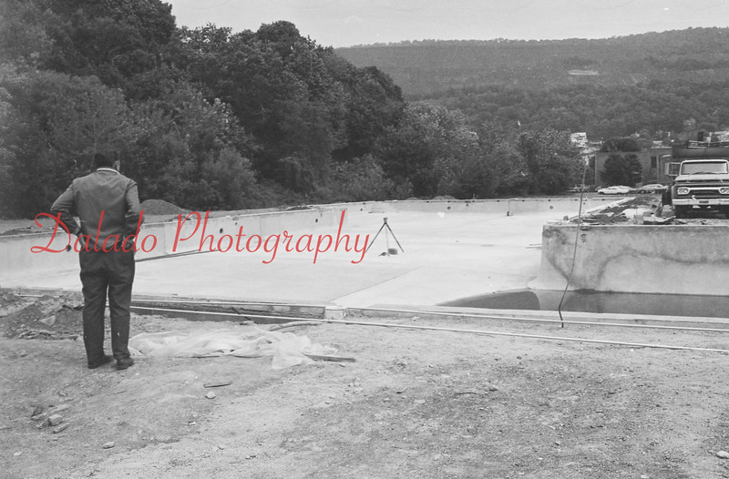 (06.03.71) Shamokin pool construction.