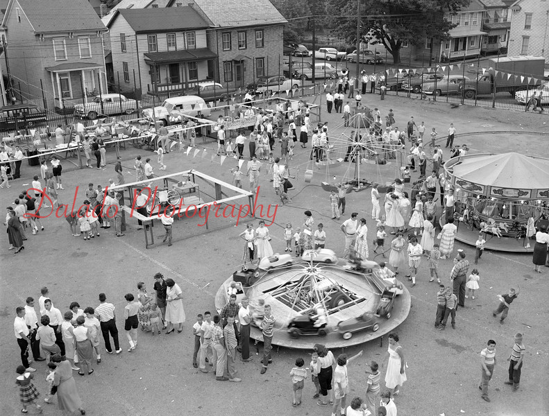 (08.19.1958) Block Party at the Lincoln Grade School.