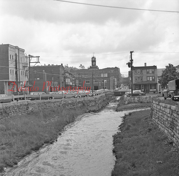 (1961) Shamokin Creek.