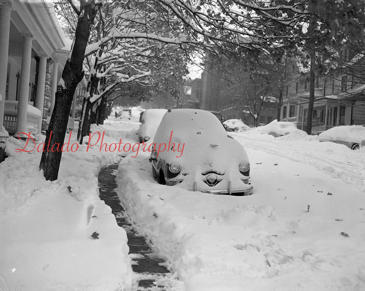(11.12.53) Snow on Chestnut Street in Shamokin.