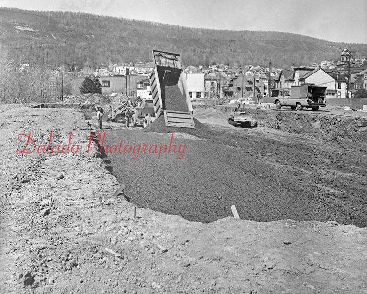 (04.16.71) Shamokin pool construction.