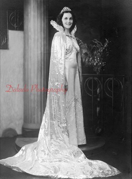 (1939) Miss Mary Richardson, who was crowned the Centennial Queen in 1939.
