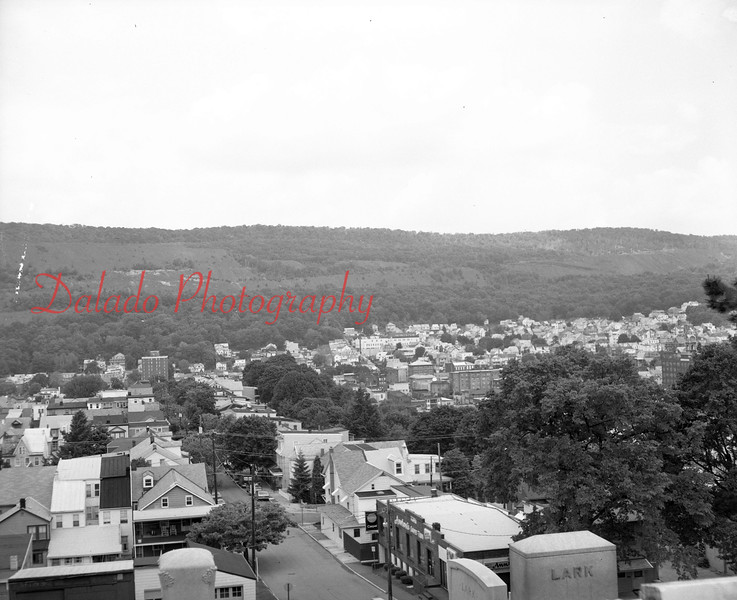 (05.23.1986) Views of Shamokin from the cemetery.