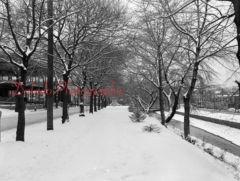 (Dec. 1955) Lincoln Street in Shamokin.